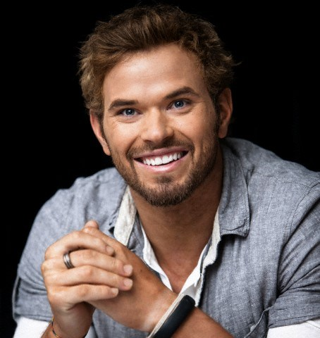 Kellan Lutz promoting' The Twilight Saga: Breaking Dawn - Part 2'